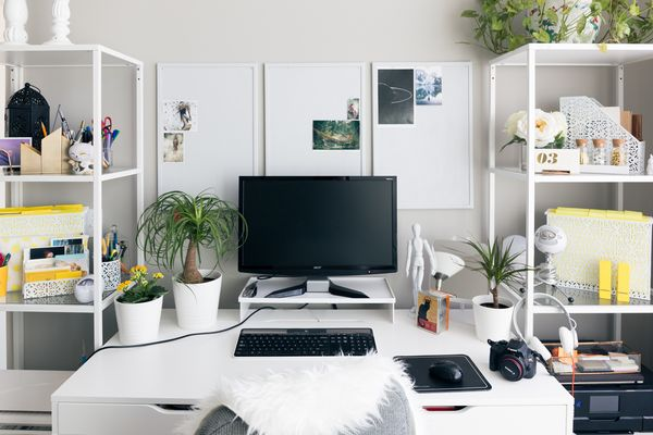 6 Ways to Quickly Revamp Your Office Without Breaking the Bank