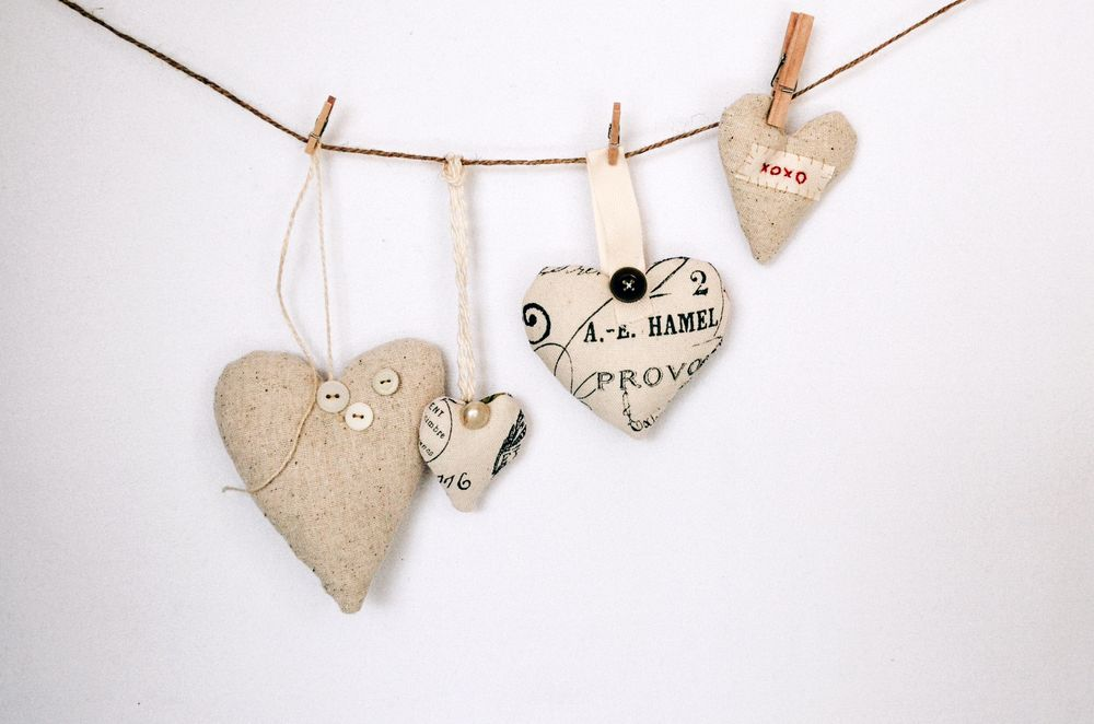 Valentine S Day Fun 5 Arts Crafts Ideas For The Kids Big Small