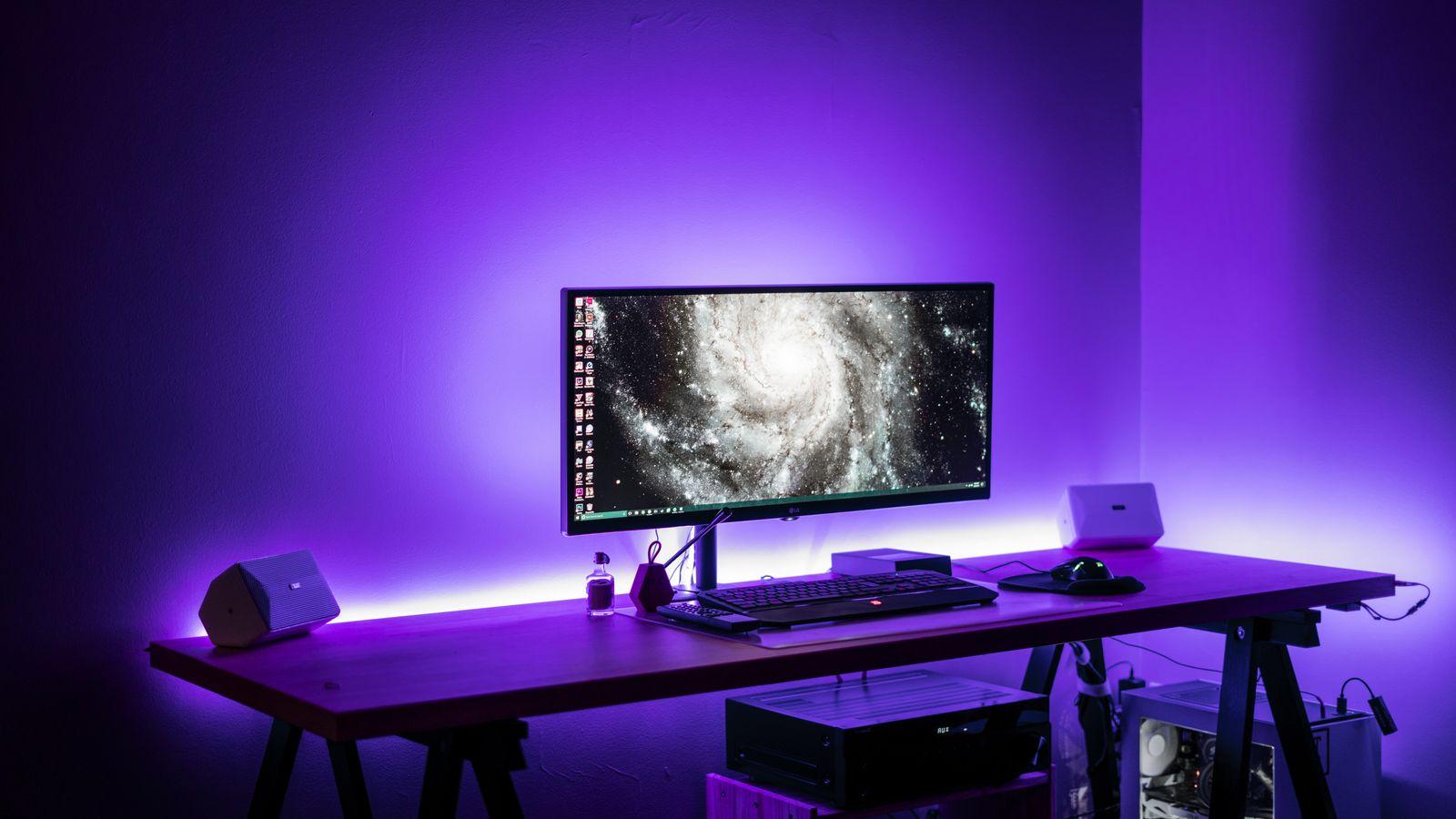 gaming desk purple light