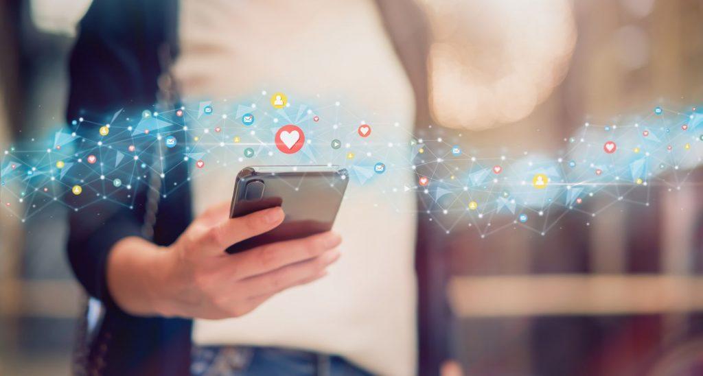 Social media notifications on phone